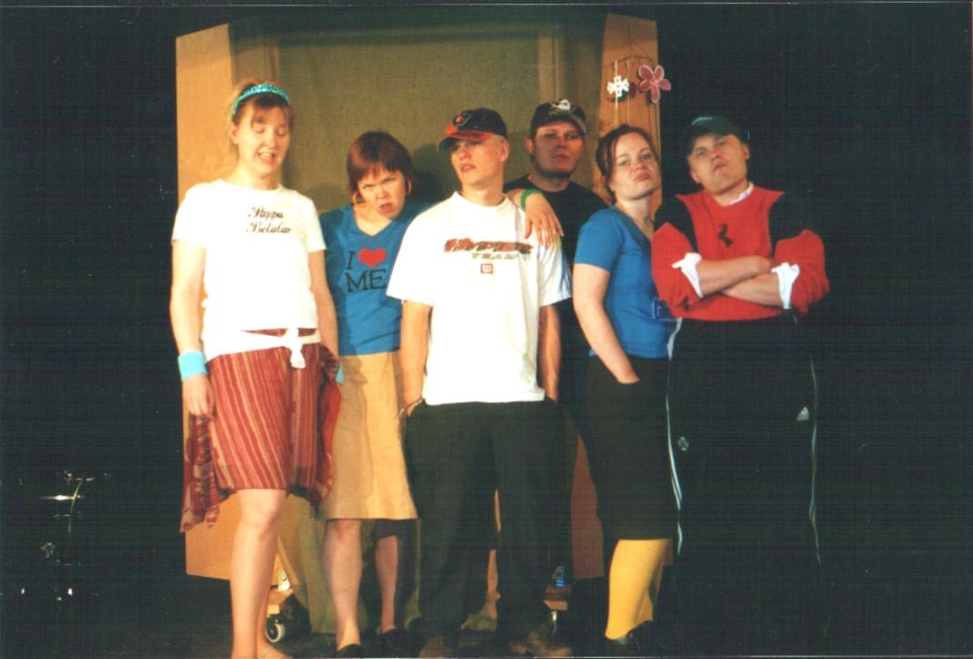 2004 Kylä lähtee
